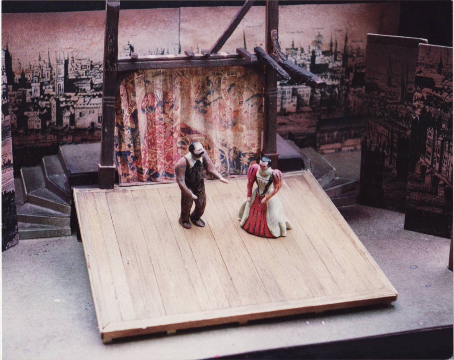 Dark Lady, directed by Vincent Dowling, at the Irish National Theatre